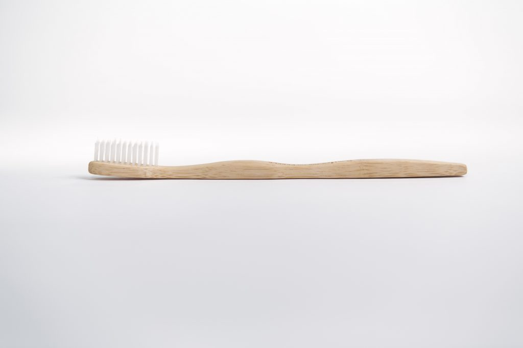 Smiles for the People Single Brush