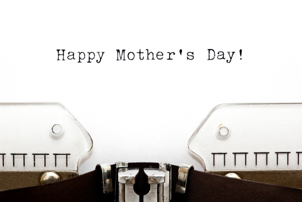 """Typewriter writing """"Happy Mother's Day"""""""