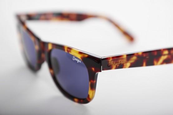 Snaps Tortoise Classics Sunglasses side profile